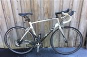 Large Giant Defy 3 Road Bike with Aluxx SL 6000 Series Butted Tubing